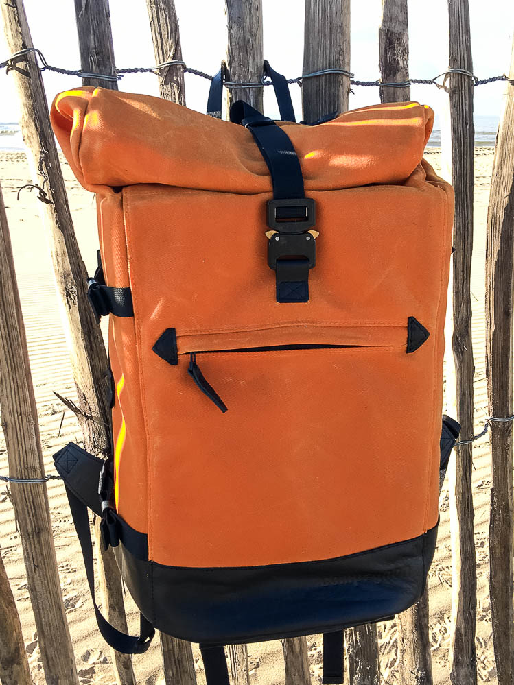 20161029-compagnon_backpack_orangeblack-007